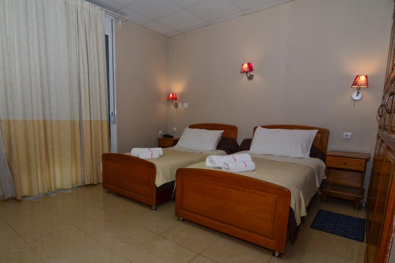 Chambre_Double_hotel_hirondelle_1_Big