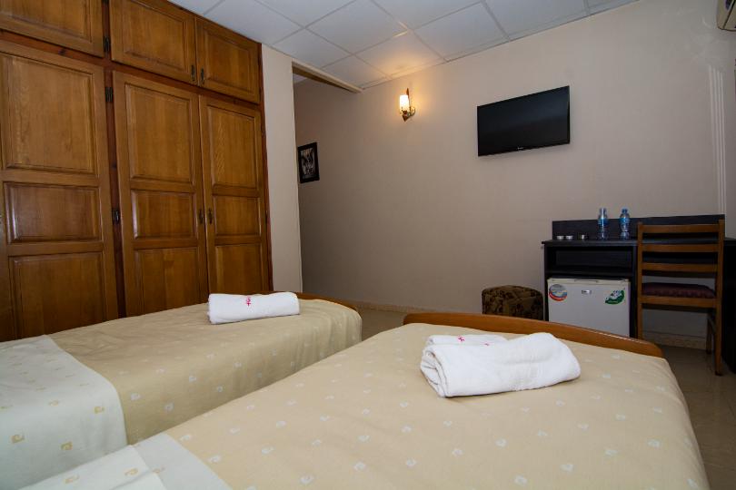 Chambre_Double_hotel_hirondelle_2_Big